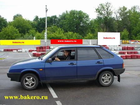 Ученица за рулем. Инструктор по вождению Мытищи, Королев, Медведково.