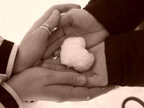 снежное сердечко (500x375, 17Kb)