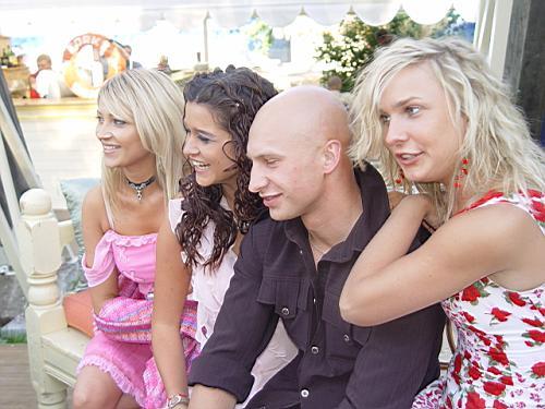 menya-domogaetsya-lesbiyanka