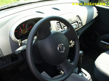 Nissan Micra: вид на салон