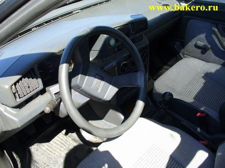 Peugeot-405: руль
