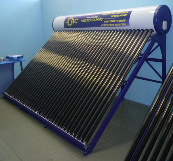 Солнечный водонагреватель HM-36x21/58. Солнечный водонагреватель повышенного объема с 36-ю трубками 2100х58мм и объемом бака 340 литров.