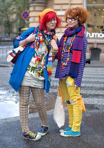 "Тема: Мода весна-2011  ""HEL LOOKS "" наступает!"