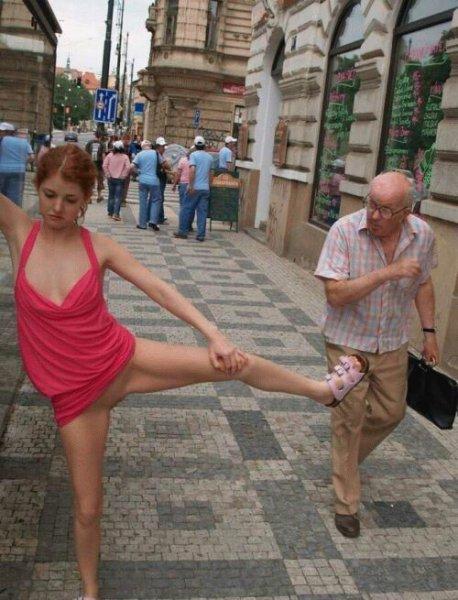 http://img0.liveinternet.ru/images/attach/b/2/22/449/22449676_goluyshom_na_ulice.jpg