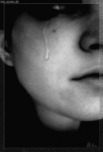картинки девушек плачущих