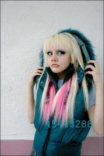 http://img0.liveinternet.ru/images/attach/b/2/23/475/23475229_1209035810_Dakota_Rose.jpg