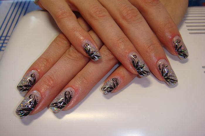 Дизайн ногтей черный с серебром фото