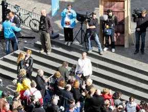 Рекорд на самую длинную в мире очередь в туалет установлен в Брюсселе