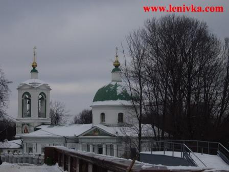 Храм Троицы на Воробьевых Горах