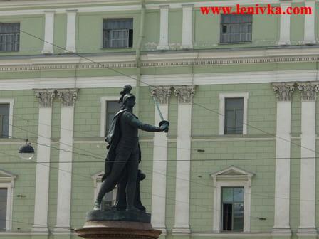 Санкт-Петербург: Памятник Суворову в Санкт-Петербурге