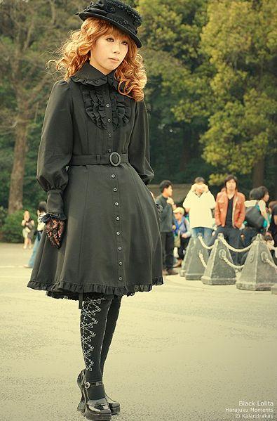 http://img0.liveinternet.ru/images/attach/b/3/16/767/16767629_15333461_1200830364_395pxBlack_lolita.jpg