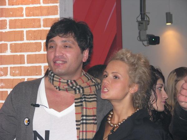 http://img0.liveinternet.ru/images/attach/b/3/17/394/17394960_Sasha_i_rust.jpg
