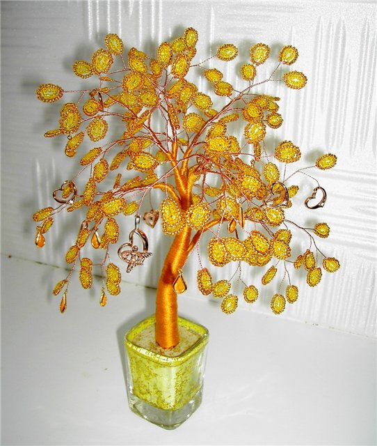 Денежные деревья из монеток из бисера больше изображение Бисероплетение.