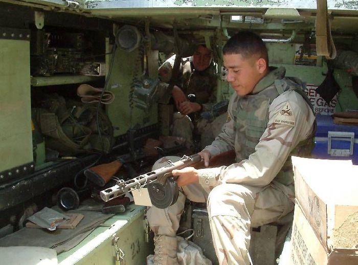 http://img0.liveinternet.ru/images/attach/b/3/22/11/22011032_soldierwithppsh2.jpg