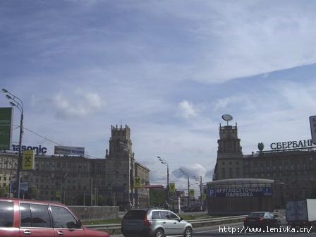 Ленинский проспект в районе Площади Гагарина