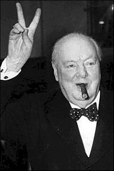 Английский премьер-министр Уинстон Черчилль не отказывал себе ни в еде, ни в питье, ни в сигаре
