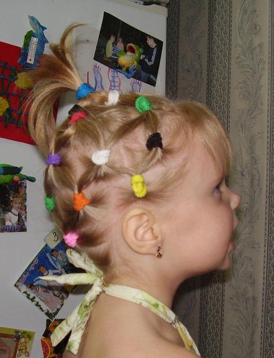 прически для малышек 2 года фото