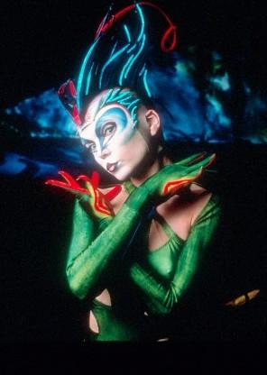 Можно не ходить в цирк на Вернадке и не посещать концерты хуйлииглесиасов в луже,но пропустить 'Varekai' Cirque du...