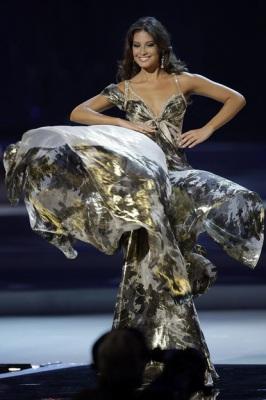 «Мисс Вселенная-2008»: американка опять упала, россиянка — в 29030116_1216152817_1216020465_0058_266x400