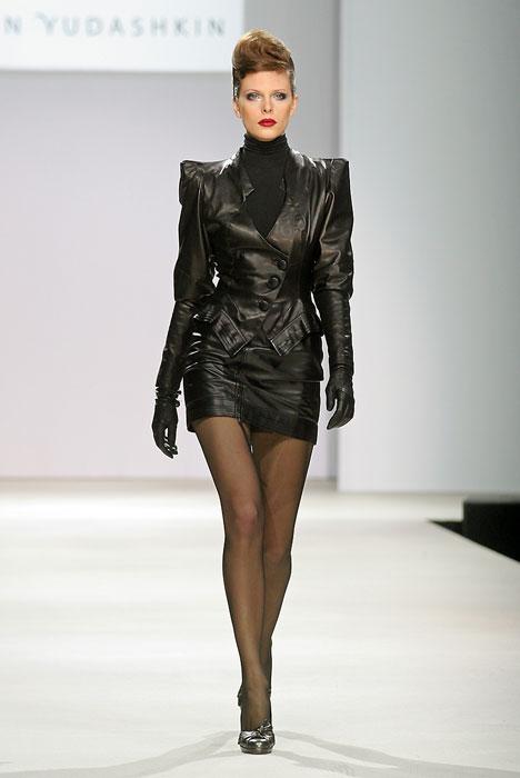 блузки из черного гипюра и кружева