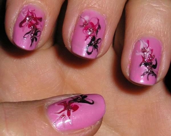 Фото рисунки иголкой на коротких ногтях