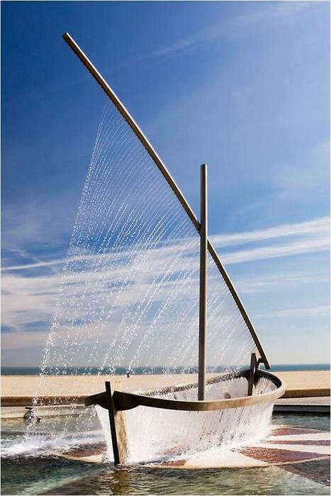 фонтан лодка валенсия (467x700, 112Kb)