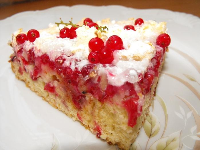Торт с красной смородиной. Несколько вкусных рецептов (18) (700x525, 240Kb)