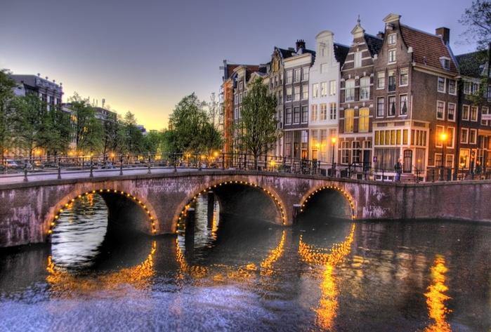 amsterdam2 (700x473, 279Kb)