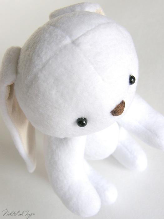 white-bunny-in-cap2 (525x700, 61Kb)