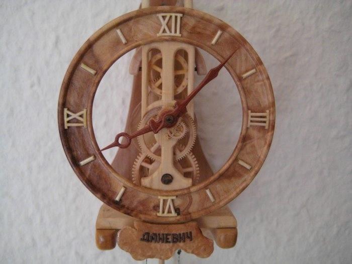 деревянные часы Валерий Даневич 6 (700x525, 105Kb)