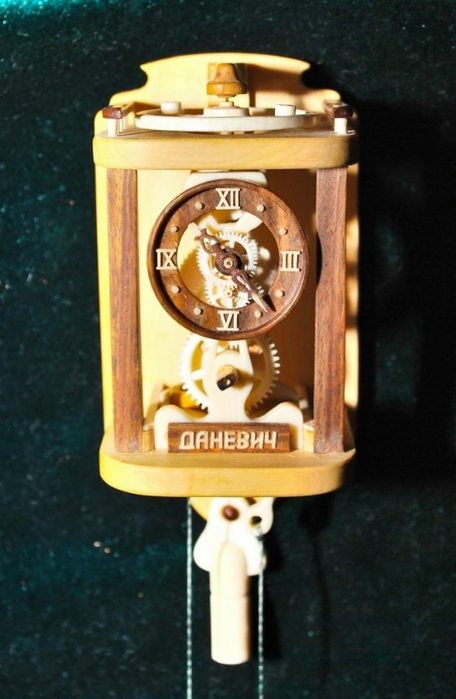 деревянные часы Валерий Даневич 8 (456x700, 196Kb)