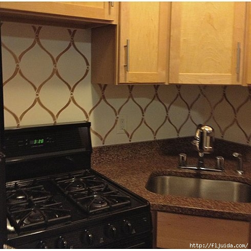 Hourglass-Stenciled-backsplash (490x490, 127Kb)
