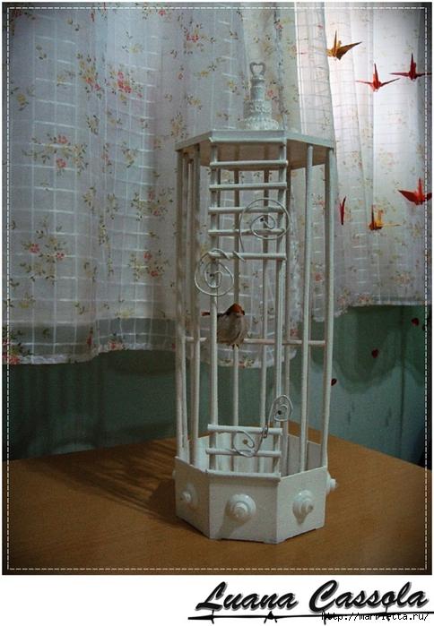Декоративная птичья клетка из шашлычных палочек и крышек от конфетных коробок (8) (484x700, 282Kb)