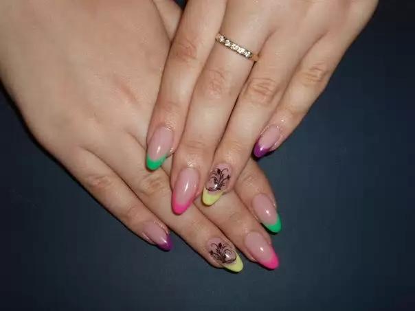 Маникюр френч на ногтях лето фото