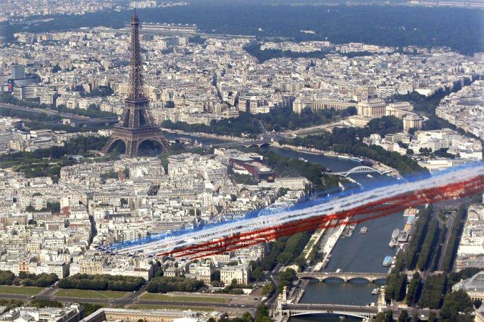 париж фото с высоты 16 (700x466, 406Kb)