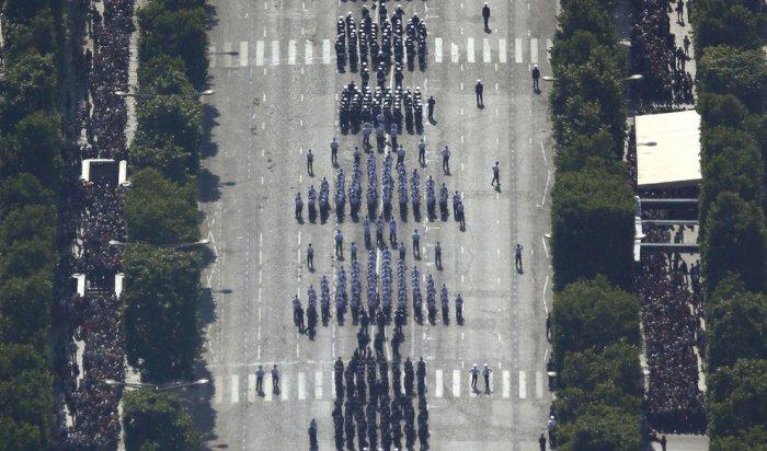 париж фото с высоты 18 (700x412, 259Kb)