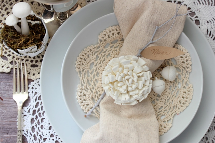 Цветок из полимерной глины для оригинальной сервировки стола (1) (700x466, 240Kb)