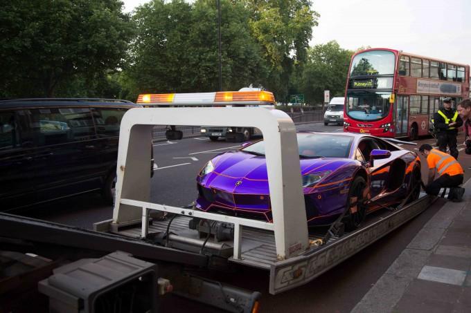 Lamborghini наследника катара арестована фото 8 (680x453, 271Kb)