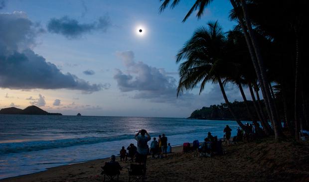solar-eclipse-2012-queensland (620x366, 122Kb)