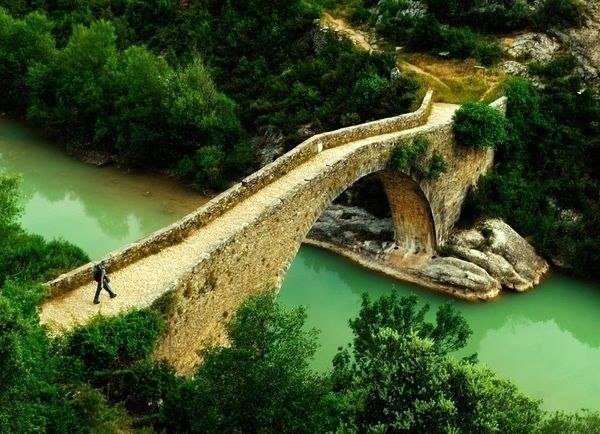 Мост через реку, Кастилия, Испания (600x434, 56Kb)
