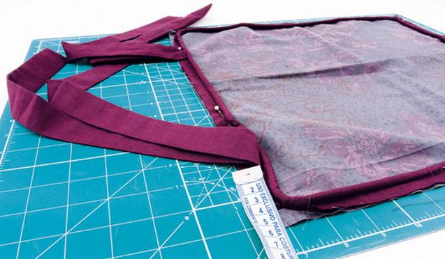 Как сшить подушки - сидушки для лавки. Мастер-класс (4) (637x372, 526Kb)