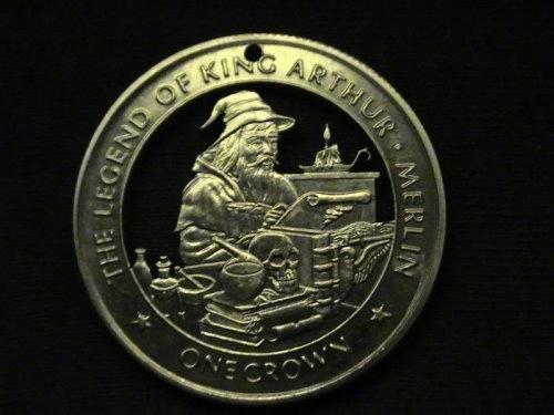 кулоны из монет фото 5 (500x375, 81Kb)