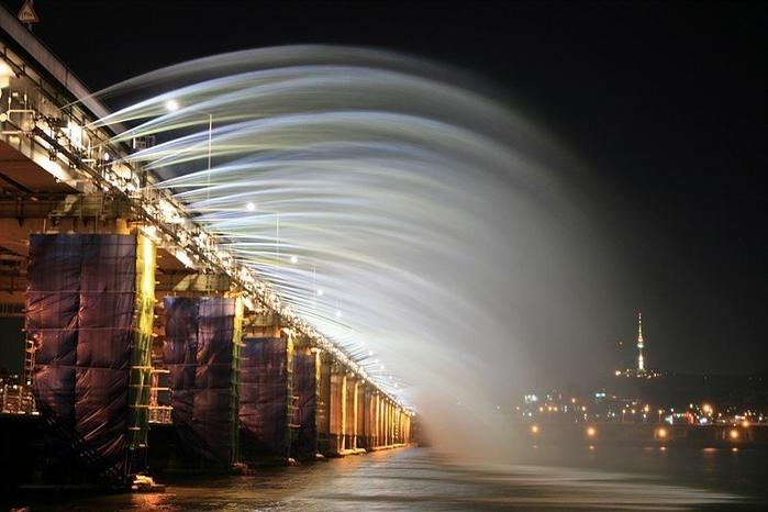 мост фонтан2 (700x466, 193Kb)