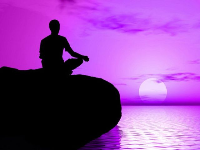 медитация тебетских лам (640x480, 23Kb)