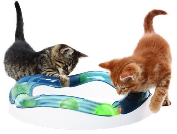 Игрушки кошкам