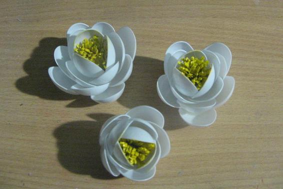 Цветы из пластиковых ложек как сделать поэтапно