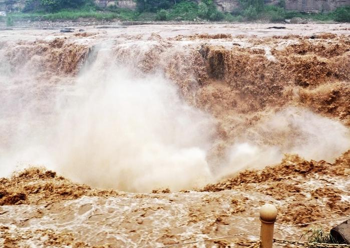 дамба на реке хуанхэ китай 3 (700x497, 299Kb)