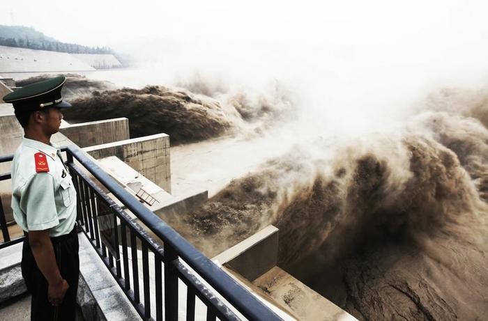 дамба на реке хуанхэ китай 6 (700x461, 184Kb)