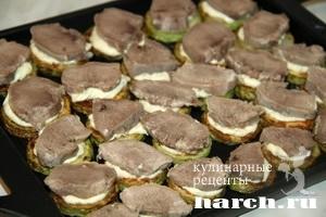 zakuska-is-kabachkov-so-svinimi-yasikami_07 (300x200, 52Kb)