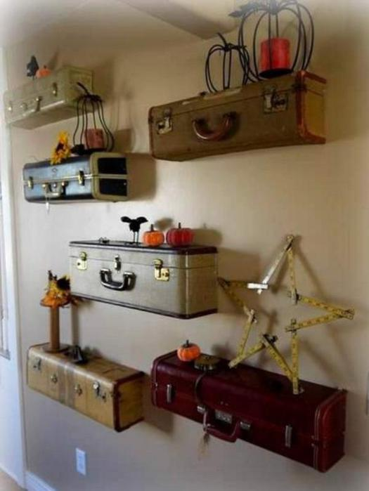 Creative-ways-of-reusing-old-suitcases (525x700, 35Kb)